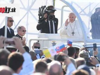 ONLINE Návšteva pápeža Františka je na konci: Všetkých vás budem nosiť v srdci, povedal