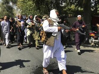Slovenskí europoslanci: Afganistan má byť poučením, vďaka tomuto zabránime migrácii