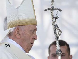 Bratislavský arcibiskup neskrýva nadšenie: Pápež v mnohých opäť nanovo zapálil oheň viery