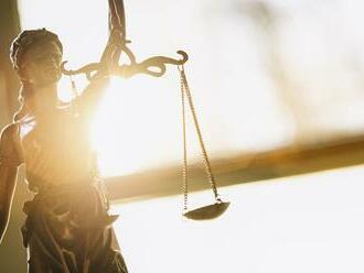Vojna v Kosove si vyžiadala viac ako 13-tisíc obetí: V Haagu sa začal prvý súdny proces