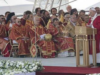 Pápež v Prešove poukázal na význam kríža a vydávanie svedectva