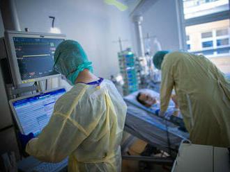 Už aj Británia na COVID-19 nasadila liek, ktorý sa tiež experimentálne používa v Česku